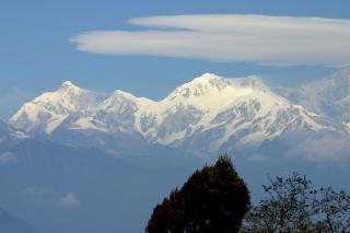 Widok na góry, wzgórza