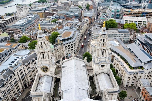 Widok na londyn z góry. londyn z katedry św. pawła w wielkiej brytanii.