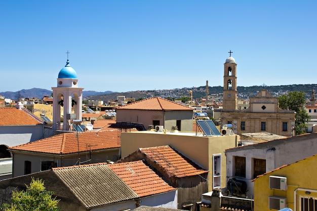 Widok na miasto śródziemnomorskie, chania, kreta, grecja