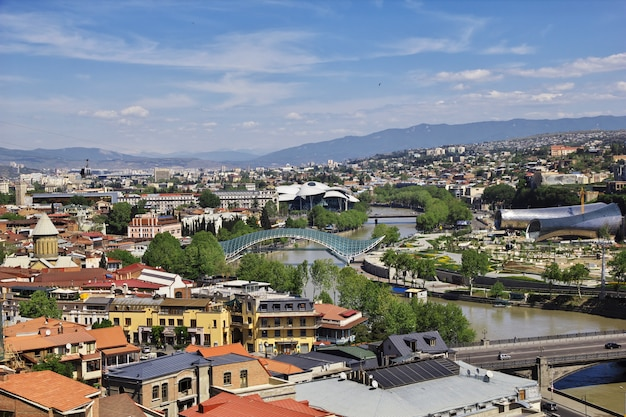 Widok na miasto tbilisi, gruzja