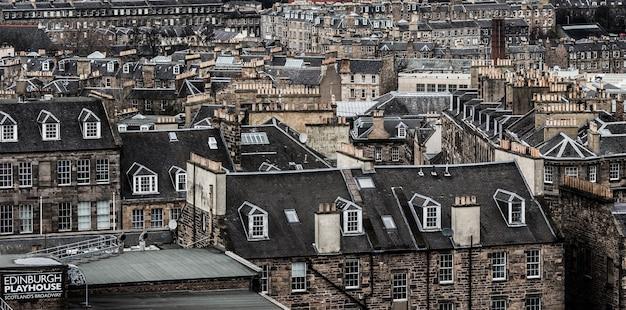 Widok na miasto w edynburgu w szkocji