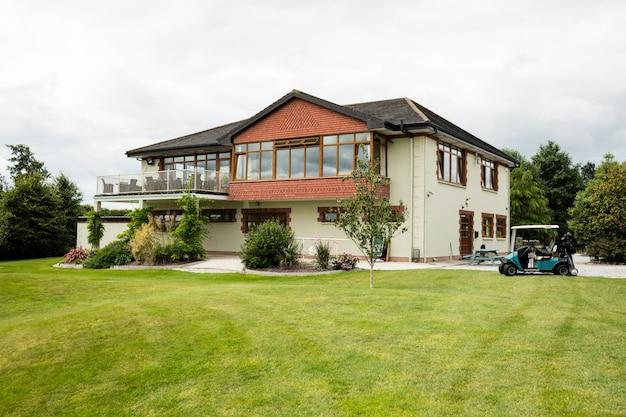 Widok na piękny dom