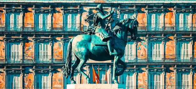 Widok na plaza mayor, madryt, hiszpania