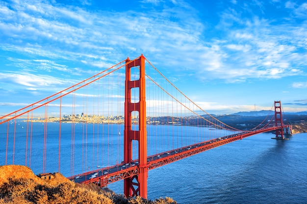 Widok na słynny most golden gate w san francisco, kalifornia, usa