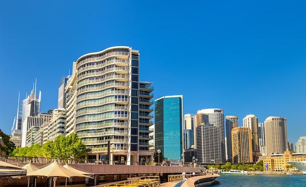 Widok na sydney przy circular quay. australia
