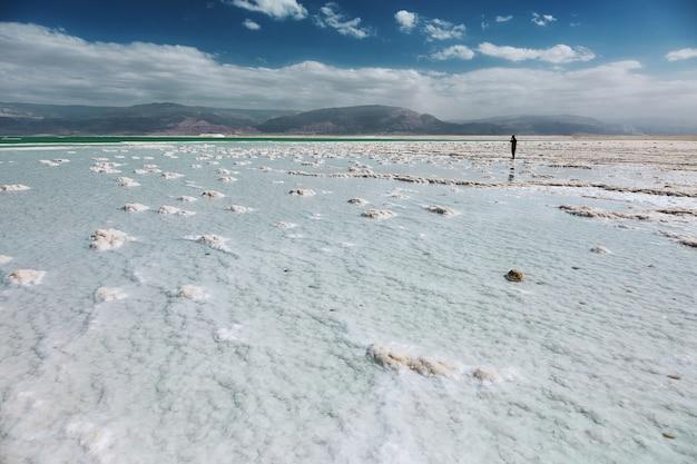 Widok na wybrzeże morza martwego, izrael