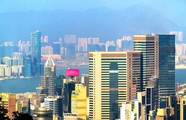 Widok na wyspę hongkong ze szczytu wiktorii. chiny