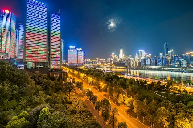 Widok nocny miasta