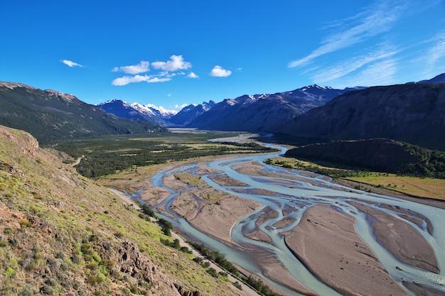 Widok panoramy w pobliżu fitz roy, el chalten, patagonia, argentyna