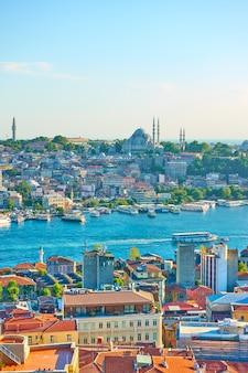 Widok stambułu i wlot złotego rogu, turcja