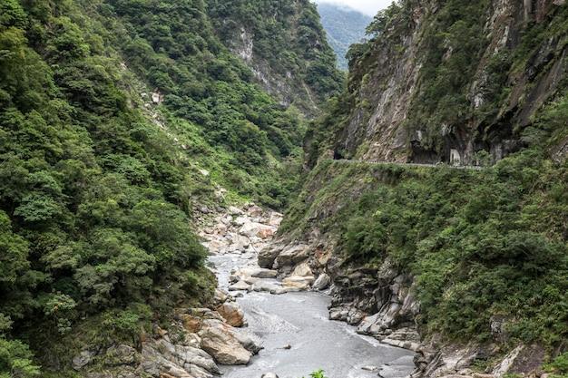 Widok taroko parka narodowego krajobraz w hualien, taiwan.