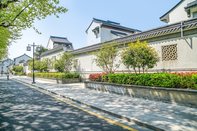 Widok ulicy starożytnych budynków w suzhou