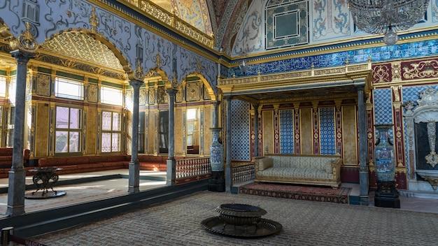 Widok wnętrza pałacu topkapi. harem, stambuł, turcja.