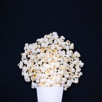 Widok z góry asortyment pysznego popcornu