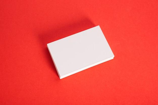 Widok z góry blok notatek na biurku