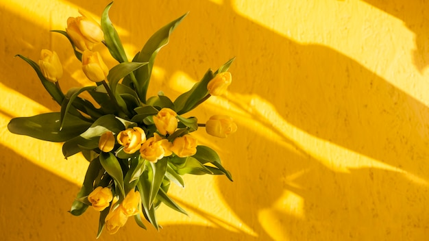 Widok z góry bukiet kwiatów