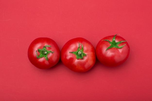 Widok z góry czerwone pomidory