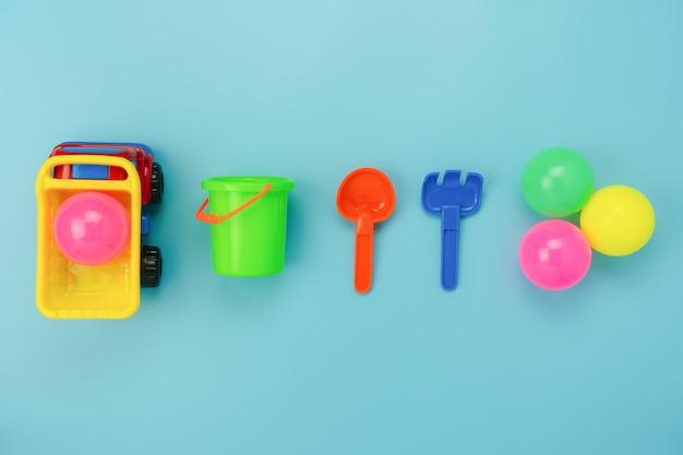 Widok z góry dekoracji zabawki dla dzieci