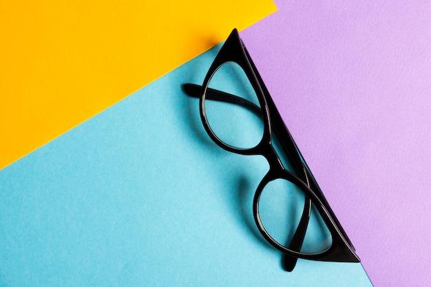 Widok z góry fajne okulary optyczne