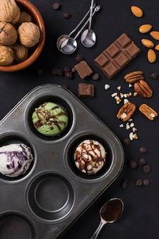 Widok z góry koncepcja lodów i czekolady