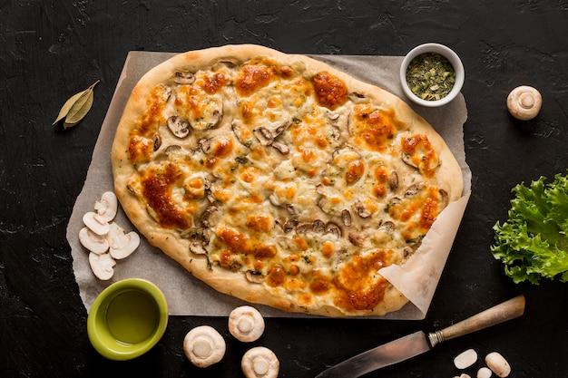 Widok z góry koncepcji pysznej pizzy