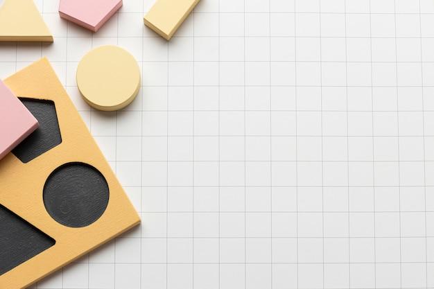 Widok z góry kształtów geometrycznych z miejscem na kopię