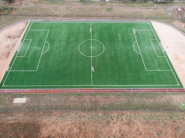 Widok z góry na boisko do piłki nożnej lub boisko do piłki nożnej.