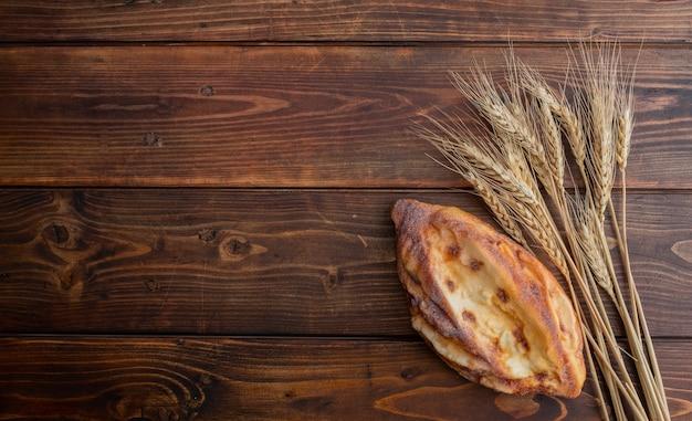 Widok z góry na chleb pszenny