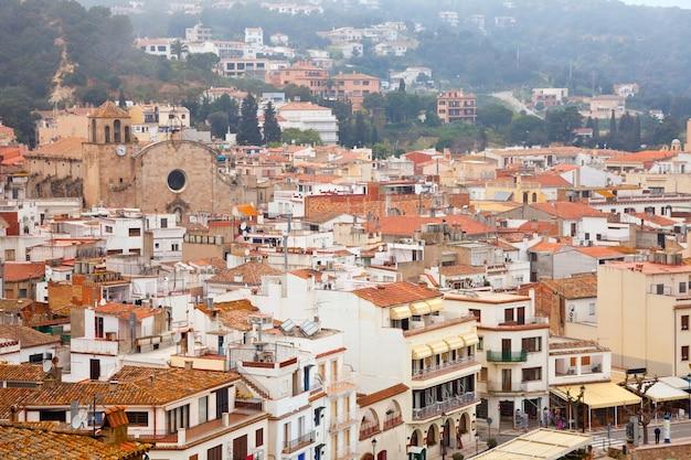 Widok z góry na miasto europejskie