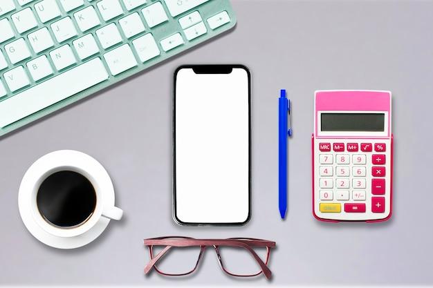 Widok z góry na notebook komputer typu smartphone tablet w stylu biurowym