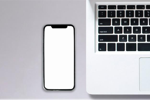 Widok z góry na notebooka komputer typu smartphone tablet w stylu biurowym