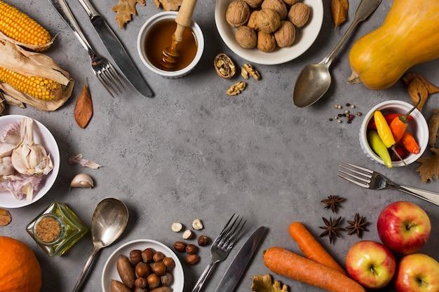 Widok z góry na okrągłe jedzenie