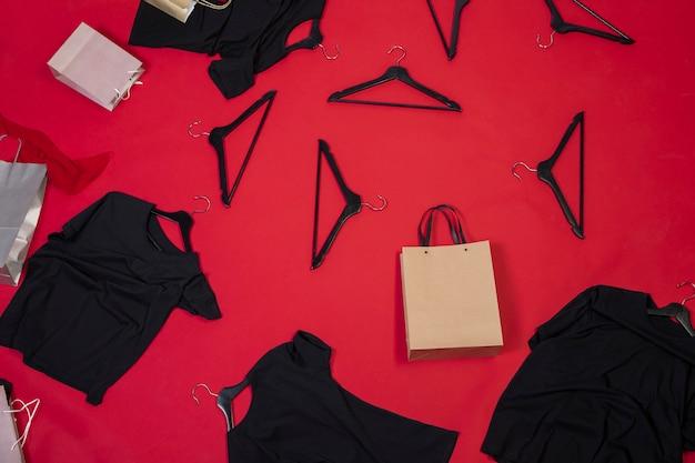Widok z góry nowe ubrania dla kobiet