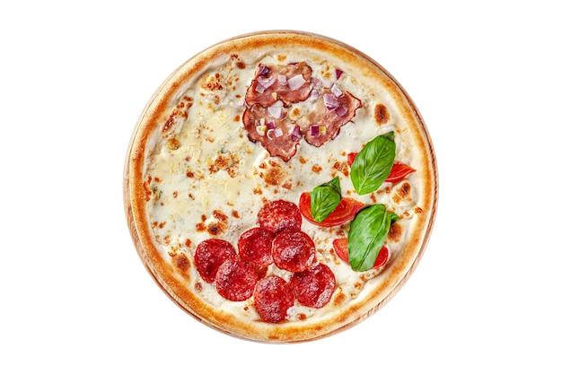 Widok z góry okrągła cienka pizza