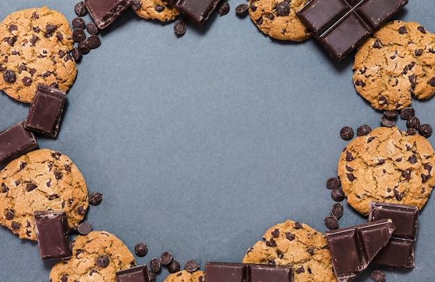 Widok z góry okrągłe ramki czekolady