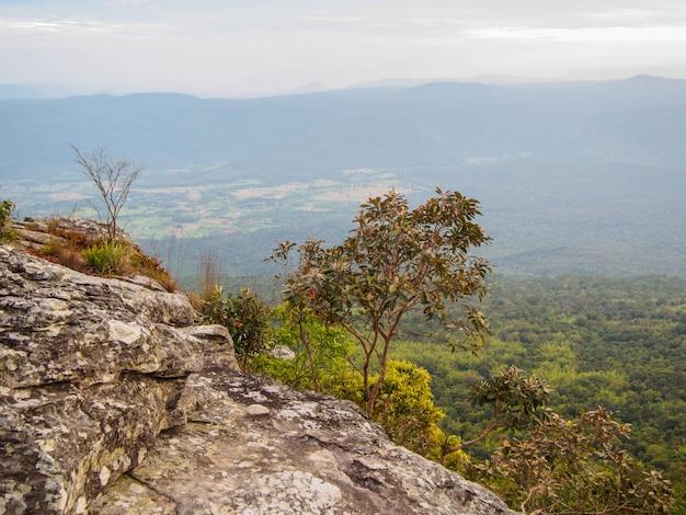 Widok z góry phu kradueng park narodowy w tajlandii