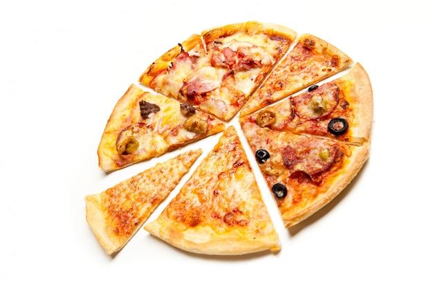 Widok z góry pokrojona pizza