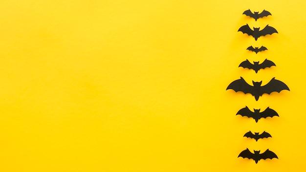 Widok z góry przerażająca koncepcja halloween z nietoperzami