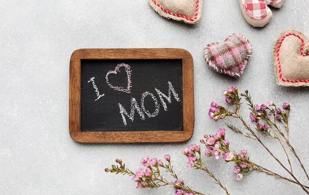 Widok z góry ramki z wiadomością dla matki