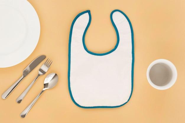 Widok z góry śliczne naczynia dla niemowląt