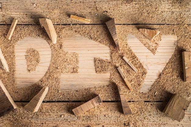 Widok z góry słowo diy wykonane z drewna
