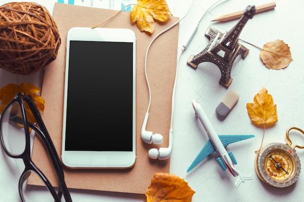 Widok z góry smartfon makiety szablon z czarnym ekranem