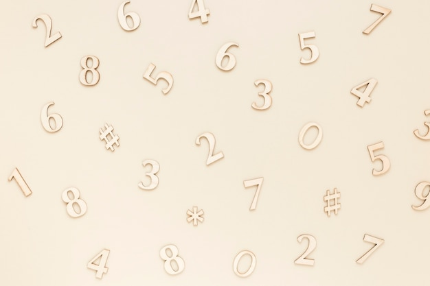 Widok z góry srebrne numery matematyczne