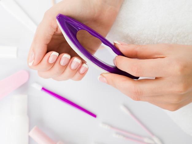 Widok z góry za pomocą narzędzi do manicure