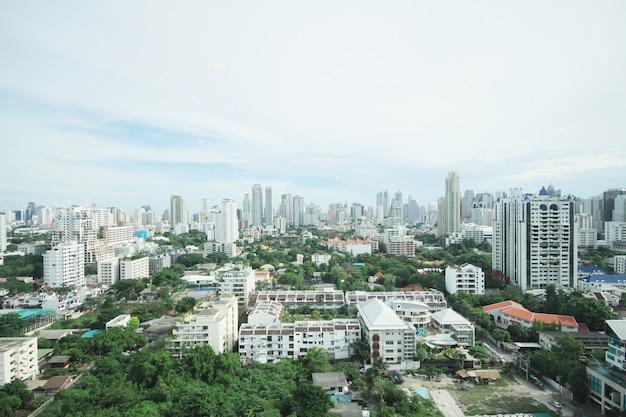 Widok z lotu ptaka bankok miasta środkowy biznesowy śródmieście i stolica linia horyzontu