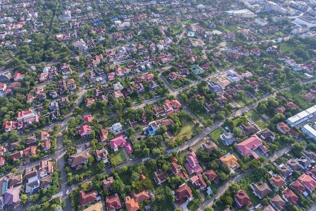 Widok z lotu ptaka dzielnicy mieszkalnej