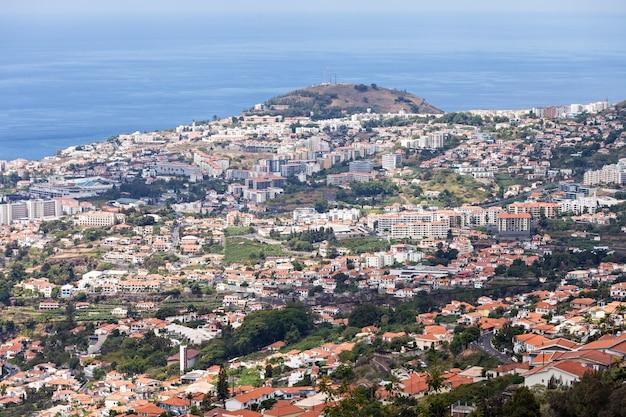 Widok z lotu ptaka funchal, wyspa madera, portugalia