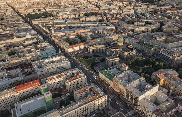 Widok z lotu ptaka katedry kazansky w sankt-petersburgu