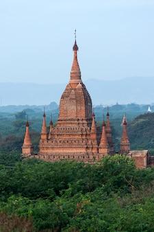 Widok z lotu ptaka miasto bagan w myanmar