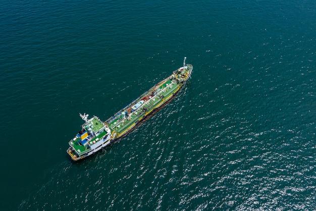 Widok z lotu ptaka międzynarodowa ropa i gaz ze statków do przewozu ropy naftowej dostawy usług biznesowych fright ocean